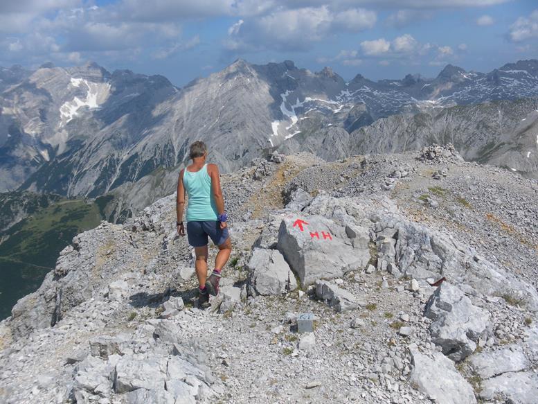 Foto: Wolfgang Lauschensky / Wander Tour / Aus dem Halltal auf die Speckkarspitze / am Normalweg / 02.07.2017 13:55:52