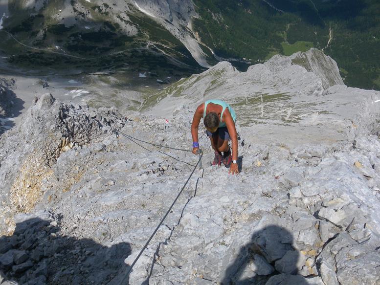 Foto: Wolfgang Lauschensky / Wander Tour / Aus dem Halltal auf die Speckkarspitze / gesicherter Schuttgrat / 02.07.2017 13:55:44