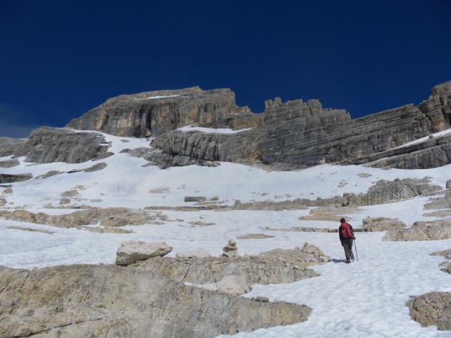 Foto: Wolfgang Lauschensky / Wander Tour / Monte Pelmo / ehemaliger Pelmogletscher in der großen Gipfelkarmulde / 01.07.2011 20:57:00