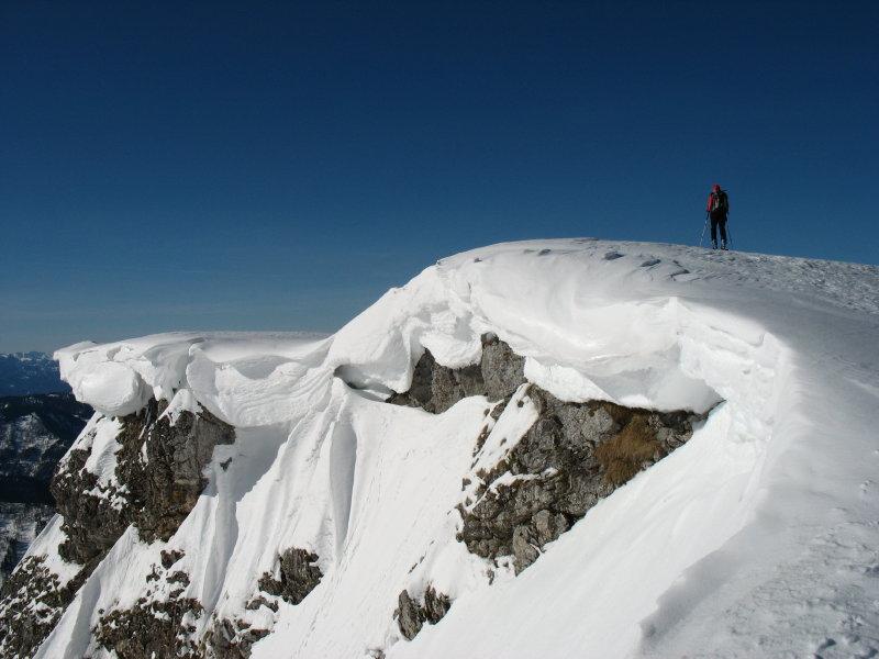 Foto: namaste / Ski Tour / Großer Ötscher, 1893m / Wechten am Gipfel / 24.02.2008 21:30:13