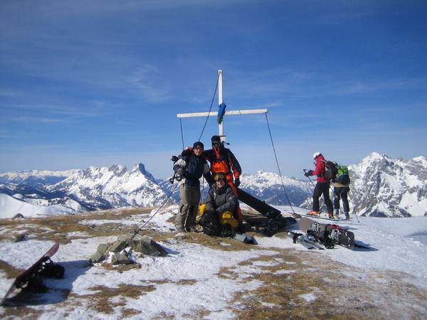 Foto: gkothi / Ski Tour / Leobner, 2036m - über den Sautrog / gipfelfoto; extrem windig / 17.02.2008 18:52:22