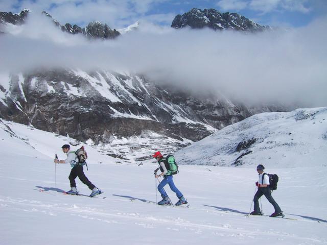 Foto: Wolfgang Lauschensky / Skitour / Innere Sommerwand, 3123m - über den Sommerwandferner / im Stiergschwez über der Franz Senn Hütte / 15.02.2012 21:30:41