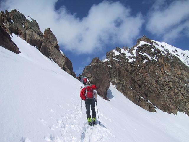 Foto: Wolfgang Lauschensky / Skitour / Innere Sommerwand, 3123m - über den Sommerwandferner / an der Unteren Kräulscharte, rechts der Gipfel / 15.02.2012 21:29:46