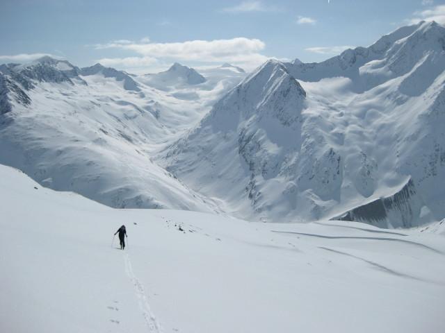 Foto: Wolfgang Lauschensky / Skitour / Kreuzspitze, 3455m - über die Südostflanke / Schalftal / 05.02.2012 15:16:41