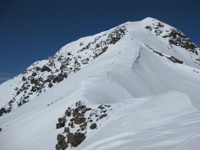 Foto: Wolfgang Lauschensky / Skitour / Kreuzspitze, 3455m - über die Südostflanke / Gipfelgat der Kreuzspitze / 05.02.2012 15:16:23