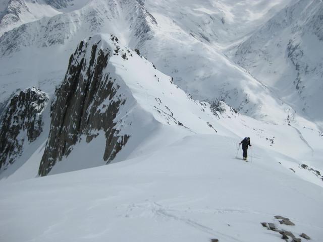 Foto: Wolfgang Lauschensky / Skitour / Kreuzspitze, 3455m - über die Südostflanke / Gipfelanstieg / 05.02.2012 15:16:13