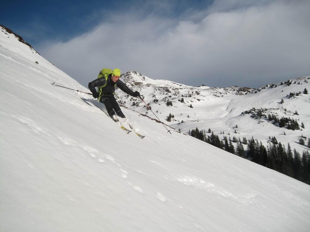 Foto: Heidi Schützinger / Ski Tour / Saalkogel, 2006m / Variantenreiche Abfahrt / 08.01.2011 18:26:23