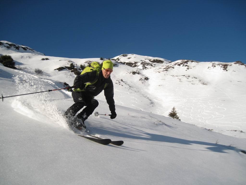 Foto: Heidi Schützinger / Ski Tour / Saalkogel, 2006m / tolle Abfahrt vom Saalkogel  / 08.01.2011 18:25:41