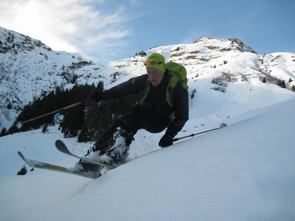 Foto: Heidi Schützinger / Ski Tour / Saalkogel, 2006m / Abfahrtsfreude / 08.01.2011 18:24:23