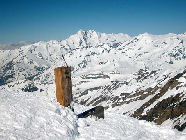 Foto: Grasberger Gerhard / Ski Tour / Hocharn, 3254m - von Kolm Saigurn / Schneehöhe (?) im Mai 2008  / 13.05.2008 14:32:59