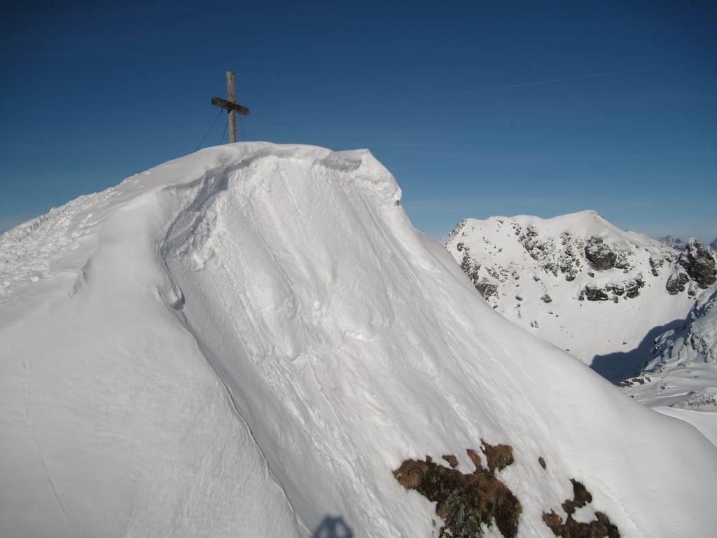Foto: Heidi Schützinger / Ski Tour / Sonnspitze, 2062m - von Süden / Gipfelblick auf die Sonnspitze / 04.01.2011 17:29:12