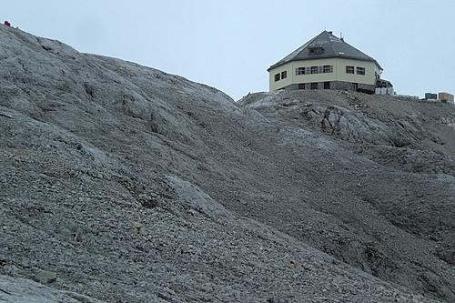 Foto: bymike / Ski Tour / Hochkönig, 2941m - über Mitterfeldalm / Matras-Haus auf dem Gipfel / 10.08.2008 19:50:56