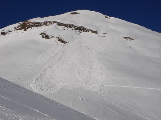 Foto: Manfred Karl / Ski Tour / Imbachhorn, 2470m / Von der Anlage einer solchen Aufstiegsspur ist wohl eher abzuraten / 21.12.2008 16:50:09