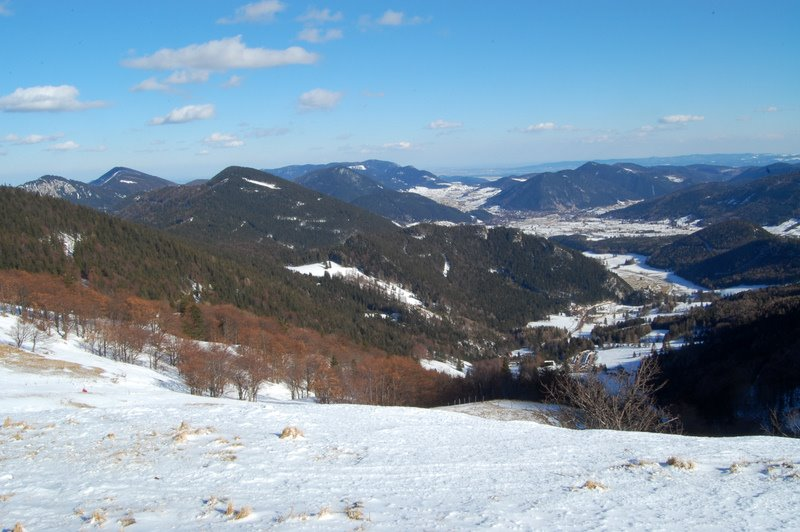 Foto: aschix / Ski Tour / Kaiserstein, 2061m, über den Fadensteig, Abfahrt: Breite Ries (3 Varianten) / 08.04.2011 19:45:30