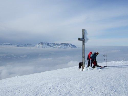 Foto: hofchri / Skitour / Schlenken (über Jägernase) / Am Gipfel - oft abgeblasen / 08.01.2009 20:26:32