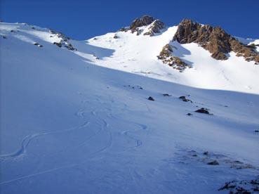Foto: Datzberger Hans / Ski Tour / Regenkarspitz, 2112m / Regenkarspitz Gipfelrinne mit Übergang Regenkar / 14.01.2008 12:24:28