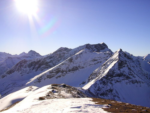 Foto: isi / Ski Tour / Galtjoch, 2109m / Am Gipfel des Galtjoch, Blick nach Südwesten. / 10.01.2008 13:37:29