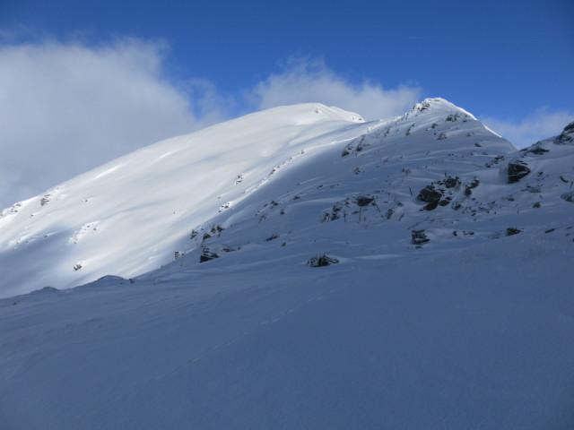 Foto: Wolfgang Lauschensky / Ski Tour / Baumgartgeier, 2392m, und Ronachgeier, 2236m / Blick vom Ronachgeier zum Baumgartgeier / 04.02.2014 20:35:56
