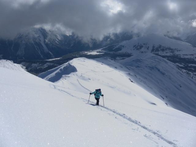 Foto: Wolfgang Lauschensky / Ski Tour / Baumgartgeier, 2392m, und Ronachgeier, 2236m / Rückblick zum Ronachgeier / 04.02.2014 20:35:32
