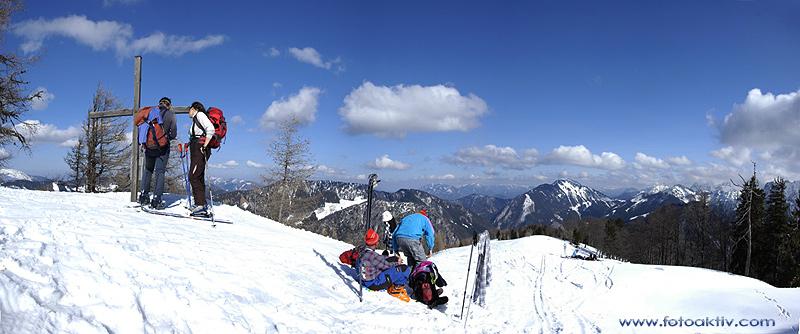 Foto: fotoaktiv.com / Ski Tour / Schafkogel (Hochsur),  1550m / wunderbares Wetter und nette Leute begleiteten uns auf den Hochsur / 11.03.2008 21:13:25