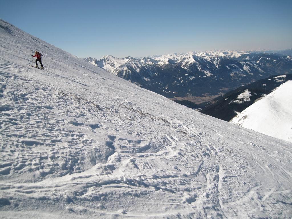 Foto: Heidi Schützinger / Ski Tour / Admonter Kalbling - über Kaiserau und Oberst-Klinke-Hütte / Aufstieg oberhalb des Gruberach zum Gipfel des Kalbling / 08.03.2011 18:53:12