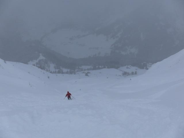 Foto: Wolfgang Lauschensky / Skitour / Naviser Kreuzjöchl (2536m) / Abfahrtsmulde vom Hochzeitskreuz / 12.02.2013 17:27:58