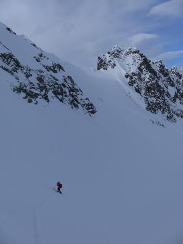 Foto: Wolfgang Lauschensky / Ski Tour / Wasserfallspitze, 2507m  / steiler Schartenzustieg / 01.02.2012 17:55:27