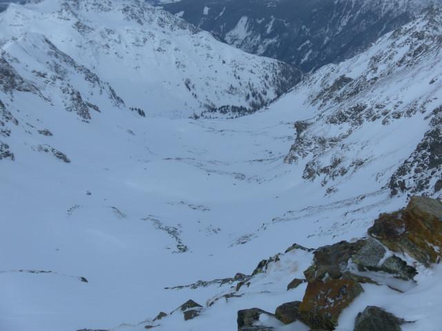 Foto: Wolfgang Lauschensky / Ski Tour / Wasserfallspitze, 2507m  / Abfahrtskar / 01.02.2012 17:54:41