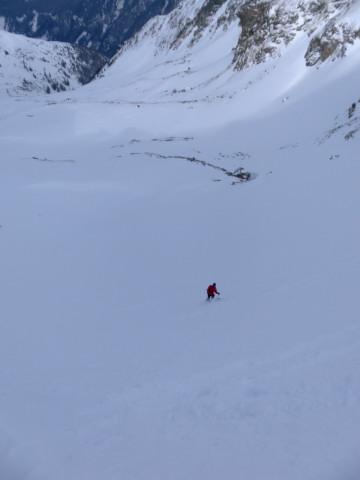 Foto: Wolfgang Lauschensky / Ski Tour / Wasserfallspitze, 2507m  / schattige Karabfahrt / 01.02.2012 17:54:19