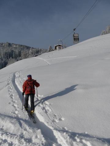 Foto: Wolfgang Lauschensky / Ski Tour / Grinnköpfl (1707m) / am Berggasthof Grünegg / 18.12.2011 20:58:31