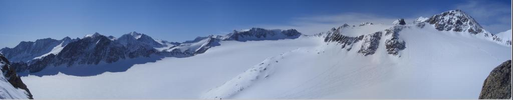 Foto: gre weg / Ski Tour / Lisenser Fernerkogel, 3298m / Panorama über den Lisener Ferner mit rechts der Lisener Spitz / 23.04.2008 08:24:22