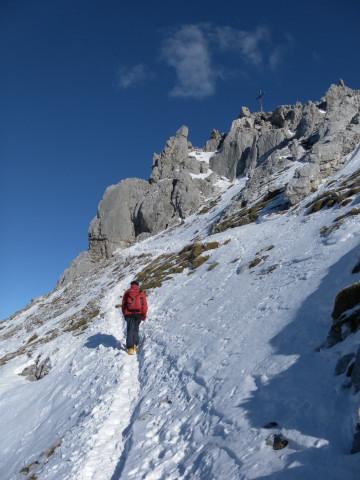 Foto: Wolfgang Lauschensky / Ski Tour / Hintere Goinger Halt, 2192m / vor dem Gipfelfels / 12.01.2011 18:38:19