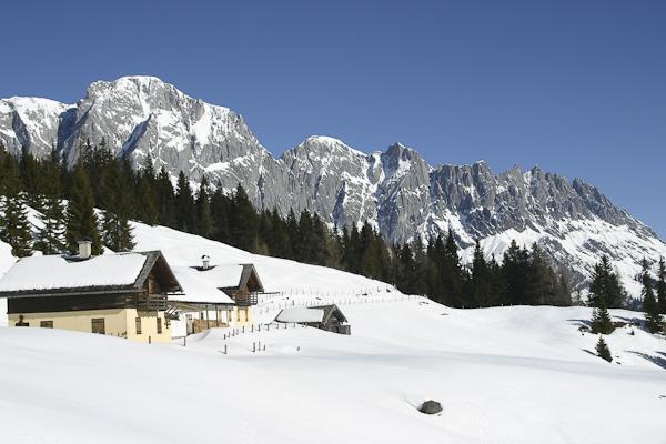 Foto: Christian Schickmayr / Ski Tour / Schneebergkreuz, 1938m / Bei den Klingerberg-Almen / 22.03.2011 11:20:47
