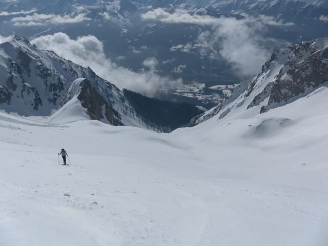 Foto: Wolfgang Lauschensky / Ski Tour / Scheichenspitze - Gruberkar / Tiefblick ins Ennstal / 22.03.2012 16:45:45