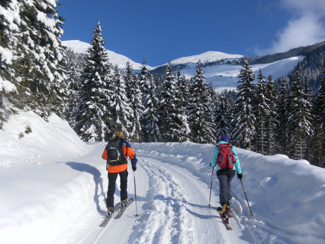 Foto: Wolfgang Lauschensky / Ski Tour / Zirmkogel (2215m) / Zirmkogel links, Niederer Gernkogel rechts / 12.02.2013 17:01:29