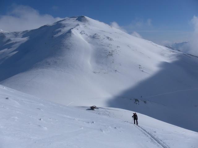 Foto: Wolfgang Lauschensky / Ski Tour / Zirmkogel (2215m) / Niederer Gernkogel jenseits der Klammscharte / 12.02.2013 17:00:26