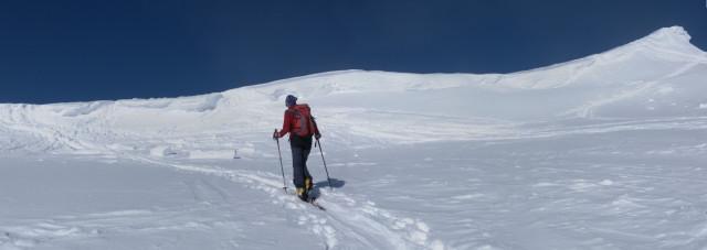 Foto: Wolfgang Lauschensky / Ski Tour / Zirmkogel (2215m) / unter dem Westgratrücken / 12.02.2013 17:00:18