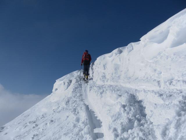 Foto: Wolfgang Lauschensky / Ski Tour / Zirmkogel (2215m) / an der Wechtenkante / 12.02.2013 17:00:12