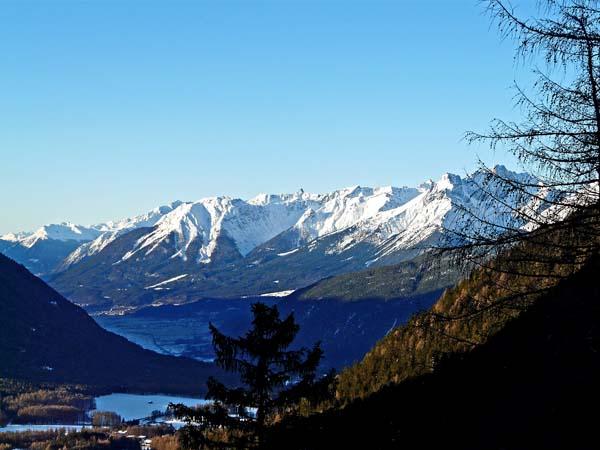 Foto: vince 51 / Ski Tour / Wankspitze (2209m) - Abfahrt über Wankreise und Stöttlreise / 06.05.2008 23:53:31