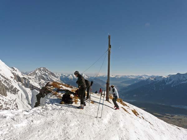 Foto: vince 51 / Ski Tour / Wankspitze (2209m) - Abfahrt über Wankreise und Stöttlreise / Gipfel Wankspitze / 06.05.2008 23:53:12