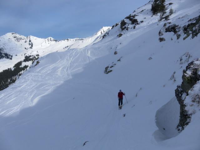 Foto: Wolfgang Lauschensky / Ski Tour / Von Aurach auf den Staffkogel (2115m) / am Ausstieg aus dem NW-Kar / 02.01.2013 18:12:32