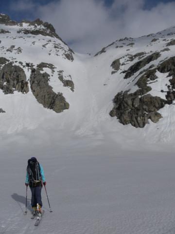Foto: Wolfgang Lauschensky / Ski Tour / Von der Kürsingerhütte auf die Schlieferspitze (3290m) / Kanonenrohr zwischen Obersulzbachkees und Sonntagskees / 07.05.2013 16:00:17