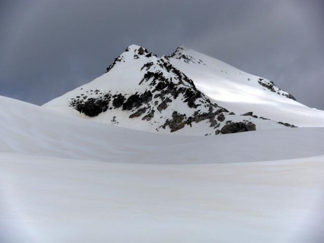 Foto: Wolfgang Lauschensky / Ski Tour / Von der Kürsingerhütte auf die Schlieferspitze (3290m) / Gipfelhang hinter Südostgrat / 07.05.2013 15:59:25