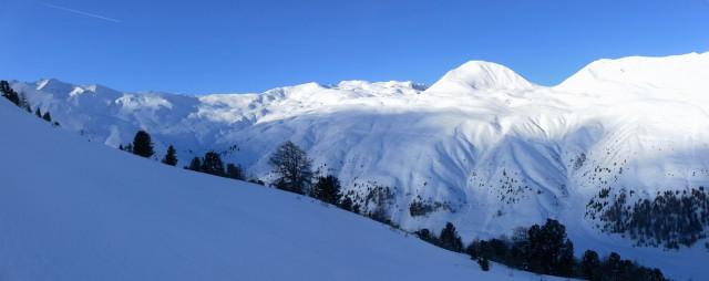 Foto: Wolfgang Lauschensky / Ski Tour / Innerer Nockenkopf / Innerer Nockenkopf aus dem Anstieg zum Zwölferkopf / 10.01.2014 19:15:57