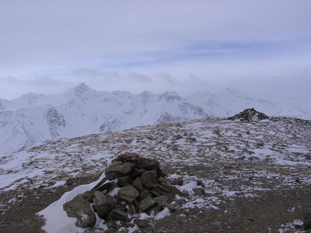 Foto: Andreas Koller / Skitour / Vinschgauer Aussichtsloge Watles (2557 m) / 19.12.2008 01:32:47