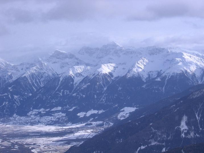 Foto: Andreas Koller / Skitour / Vinschgauer Aussichtsloge Watles (2557 m) / 19.12.2008 01:32:05