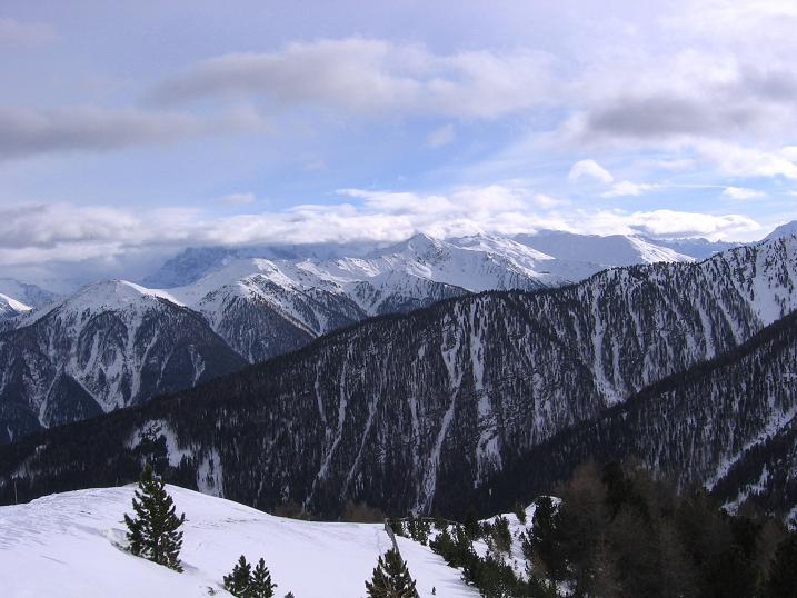 Foto: Andreas Koller / Skitour / Vinschgauer Aussichtsloge Watles (2557 m) / 19.12.2008 01:31:59