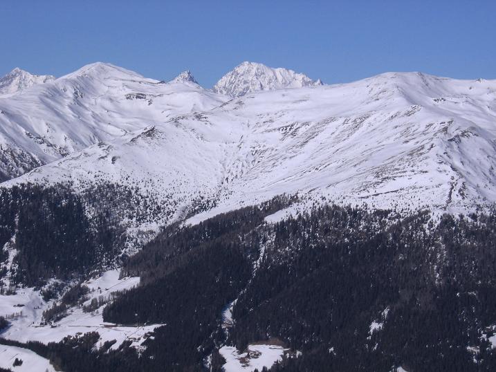 Foto: Andreas Koller / Skitour / Vom Helm (2434 m) aufs Hornischegg (2550 m) und die Hollbrucker Spitze (2581 m) / 23.12.2008 16:42:24