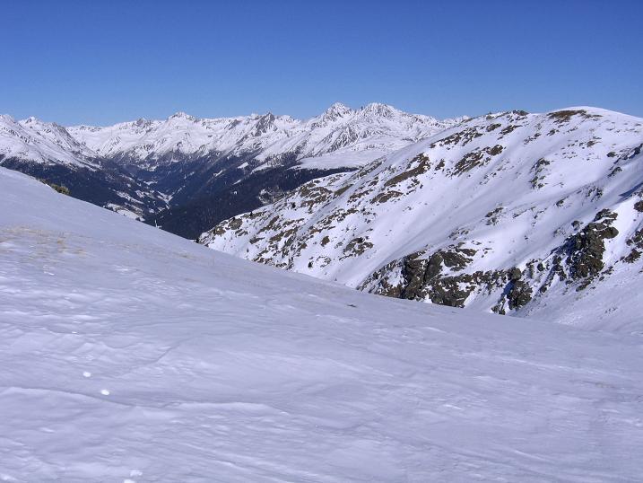 Foto: Andreas Koller / Skitour / Vom Helm (2434 m) aufs Hornischegg (2550 m) und die Hollbrucker Spitze (2581 m) / 23.12.2008 16:41:53