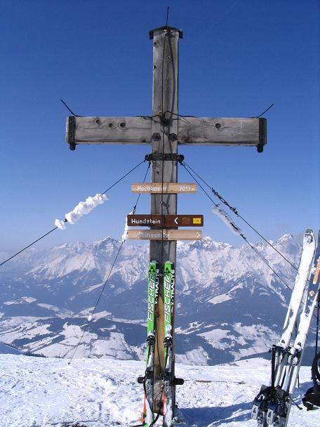 Foto: Andreas Koller / Ski Tour / Langeck (1899m) - Hundstein (2117m) - Hochkaser (2017m) / 24.12.2008 01:51:07
